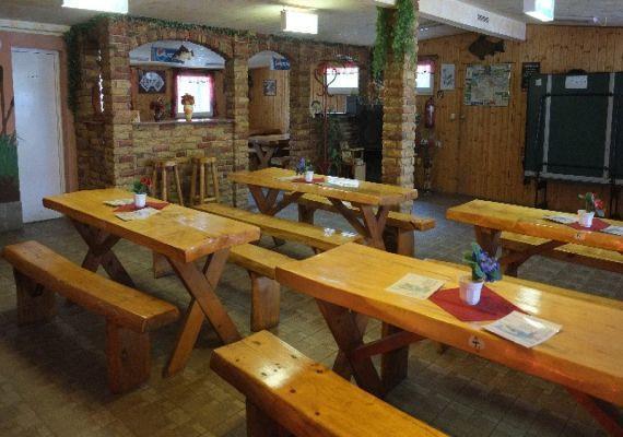 Bocskató étterem, Szőny