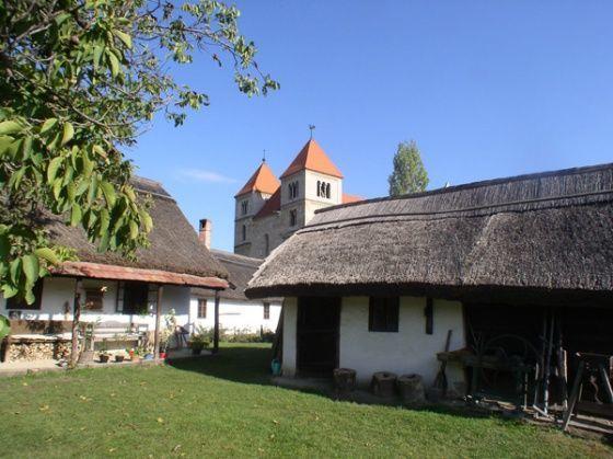 Népi lakóházak (Öregfalu), Ócsa
